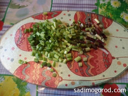 салат с черемшой и яйцами 3